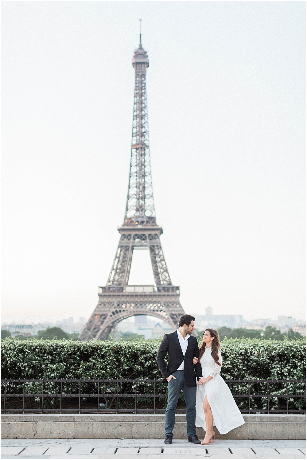 A Trocadero and Louvre Paris Engagement Session | Diane and
