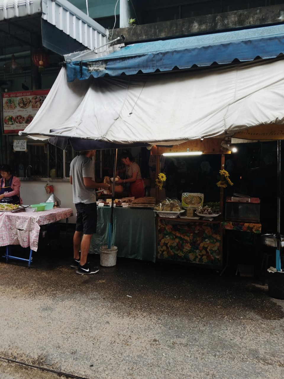 Food vendors on the street