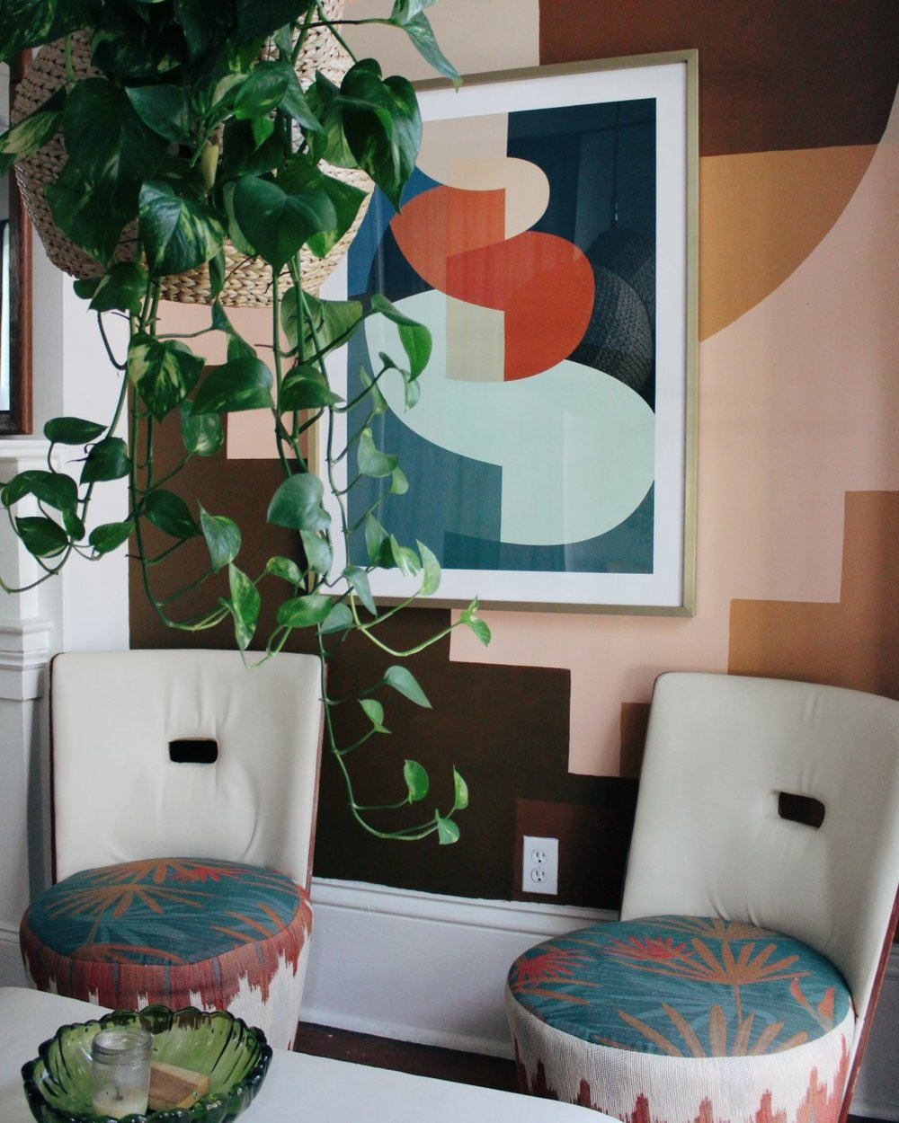 …Something I noticed after the space was completed is how perfectly the art matches the chairs. I was drawn to this piece because of the colors which seem to show up time and time again throughout our home. It must be instinct at this point ;)