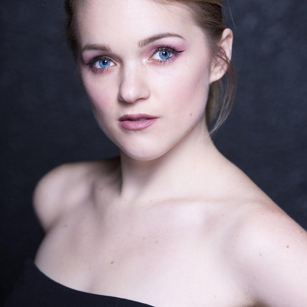 Lauren1-BeattyOei: Photo byGaelan Beatty.BeattyOei Photography, 2016.