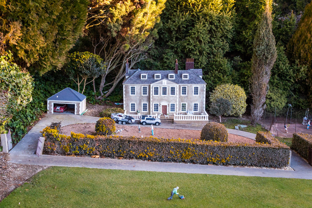 CRH_2018_COCKINGTON_MINIATURE_VILLAGE_3428.jpg