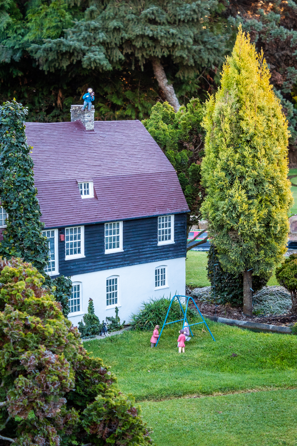 CRH_2018_COCKINGTON_MINIATURE_VILLAGE_3448.jpg
