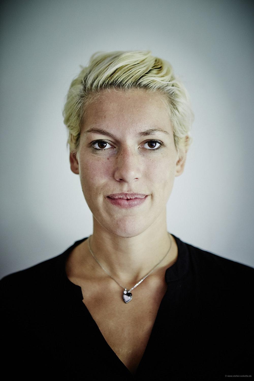 Laura Gessner Müller, Dog Trainer