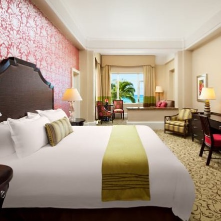 The Royal Hawaiian does it right -- pattern and color in the guest rooms #patternisbest