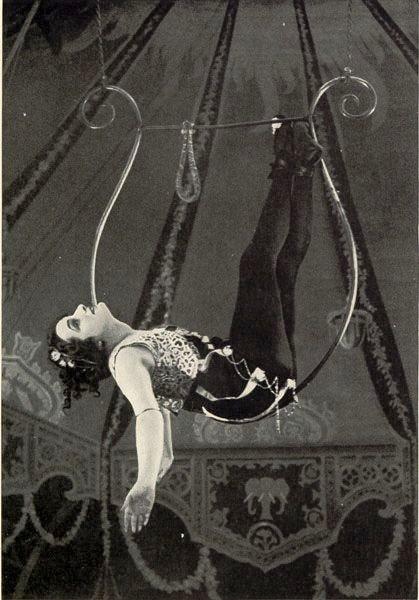 "Lyra performer kaldet ""Caedo"" i avisen  New York Clipper  i 1893."