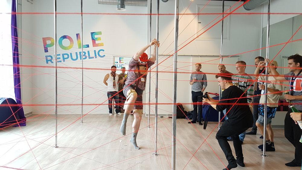 poledance aktivitet ideer mænd