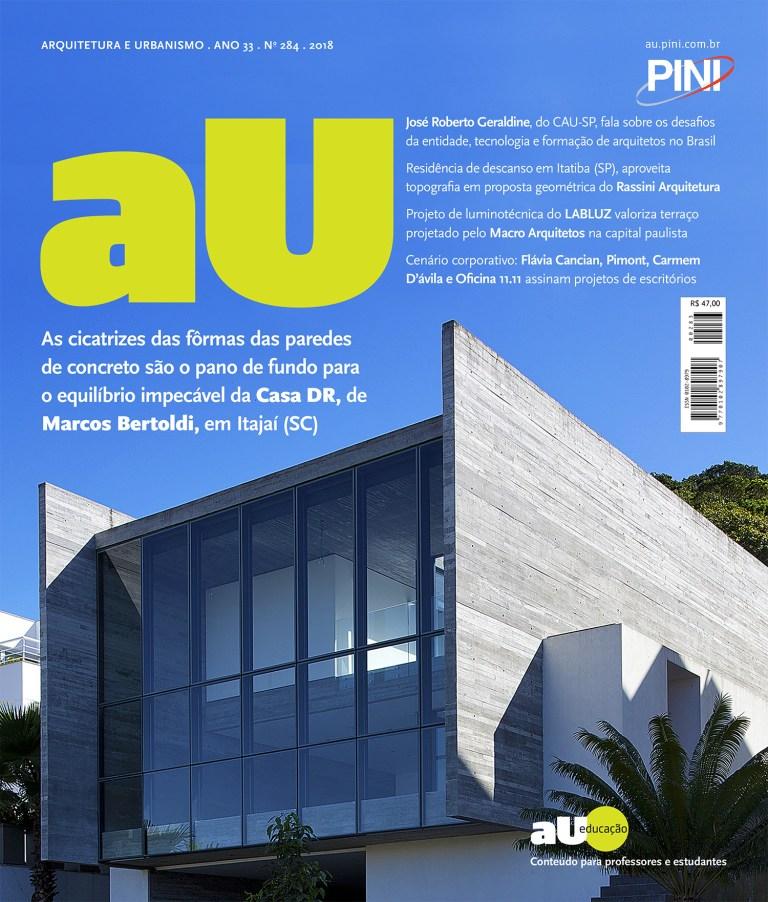 AU_284-1.jpg