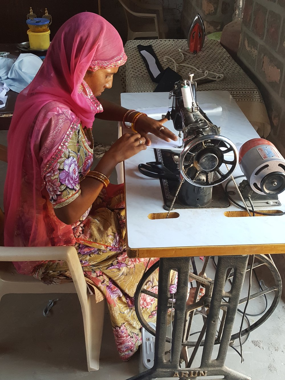 Projects - Teller first partnered with the Saheli women in Rajasthan.