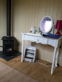 glamping-the-cotswolds-upcote-farm-shepherds-hut-inside.jpg