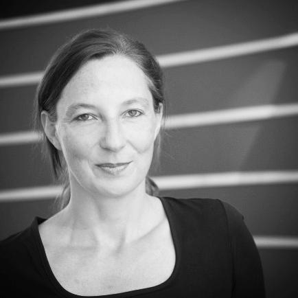 Gesine Stärz , M.A. Phil. Dipl. Sozialpädagogin (FH) systemische Beraterin  Holzkirchen bei München