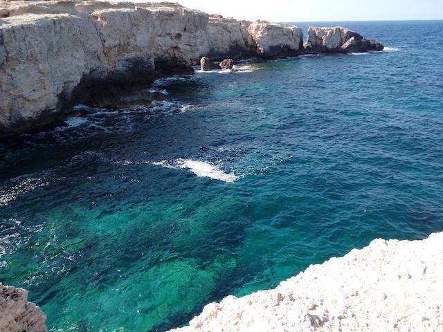 ibiza daysailing rocks