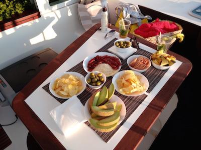 ibiza daysailing snacks.jpg