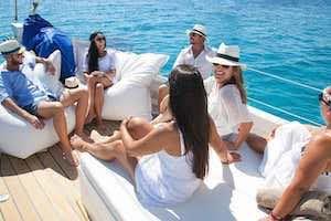 Classic sail boat 12 pax_3.jpeg