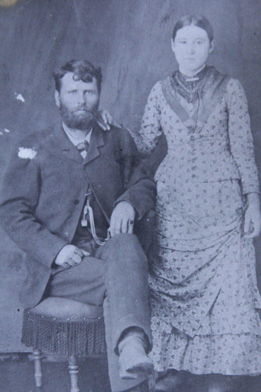Doc Middleton & Rene Richardson, 1884