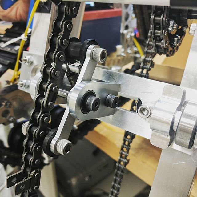 New tensioners are in business. These are a big design change from our last set of tensioners which were completely static.  #nasarmc2017 #nasarmc #engineeritrmc #swooplife