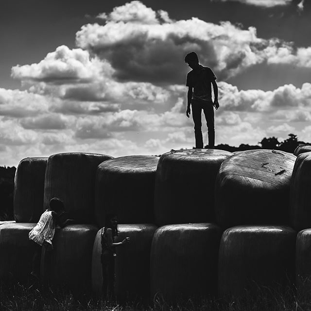 King of the hill . . . #adventuresofchildren #childofig #magicofchildhood #loveourbigkids #beyondboyhood #clickinmoms #beyondthewanderlust #thehonestlens #hellostoryteller #thesincerestoryteller #themonochromaticlens #bnwphotography #bnw_captures #bnw_mood #bnw_drama #finding_wonder #teamcanon #sigma35mmart #letsgetlost #tsj_faceless #childhoodunplugged #documentyourdays #neverstopexploring #subjectlight #galleryoflightfeature #themindfulapproach