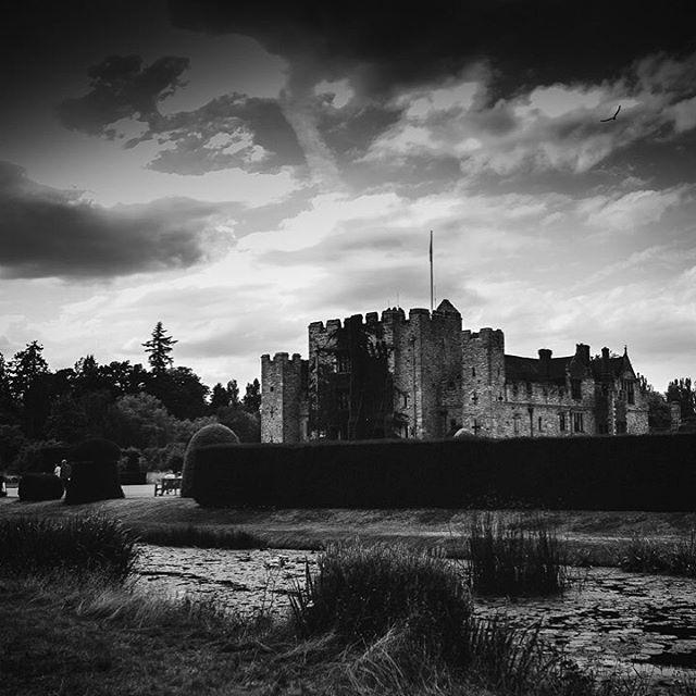 Once upon a time... . . . #hevercastle #themonochromaticlens #beyondthewanderlust #visitkent #castles #bnwphotography #bnwmood #bnwmagic #bnw_captures #thehonestlens #jj_memories #bbcbritain #bestunitedkingdom #neverstopexploring #teamcanon #sigma35mmart #letsgetlost #thebloomforum #wanderlust #inspirationiseverywhere #huffposttravel