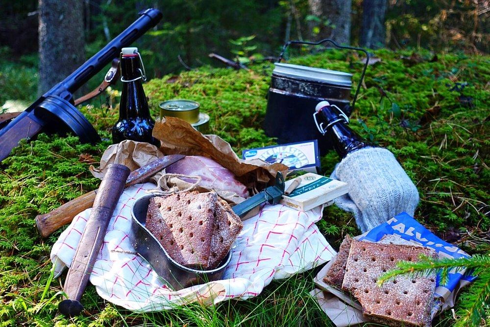Talvisodan leipä on jaettu neljään tasasuuruiseen osaan.