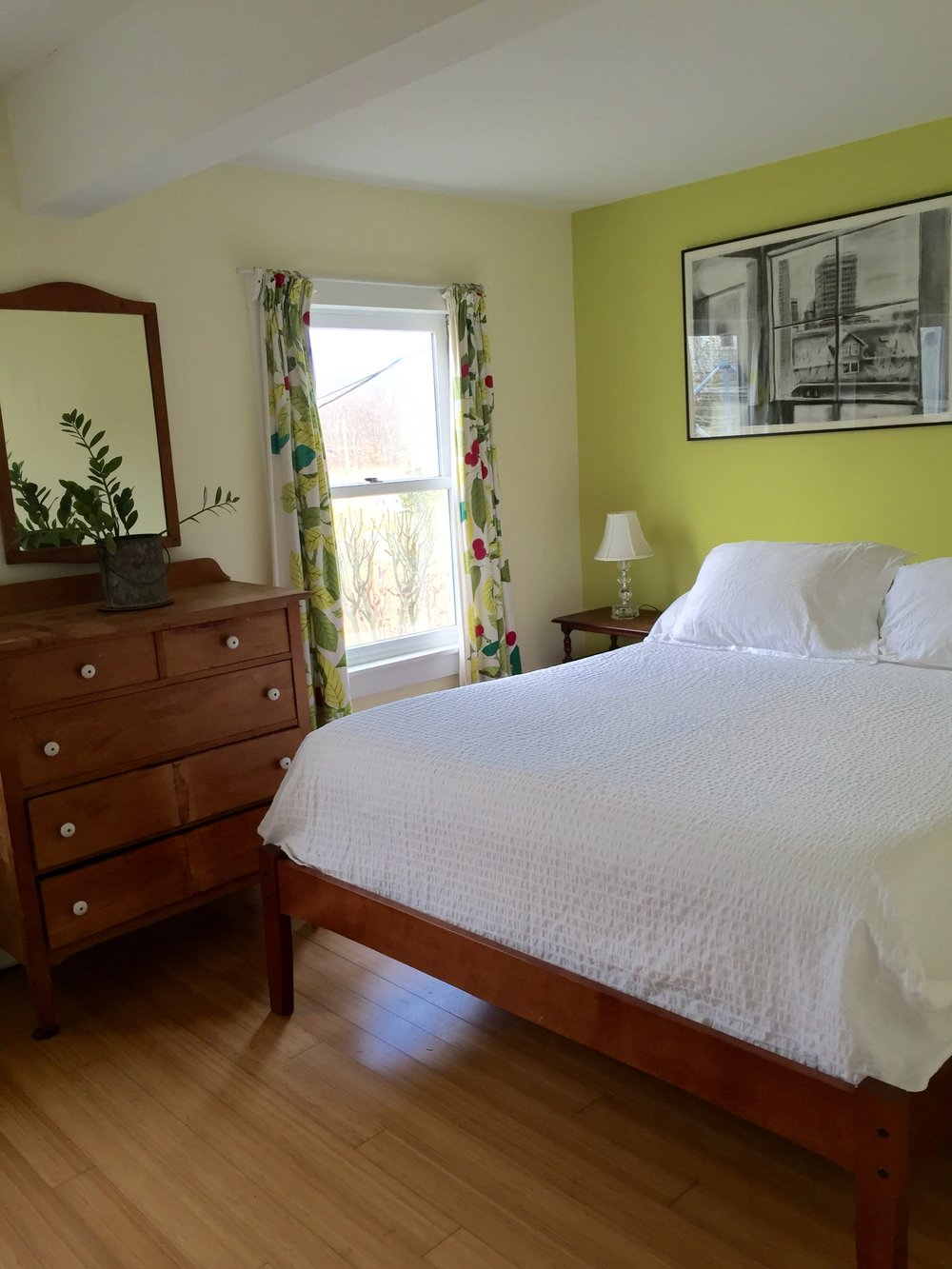 master bed jpeg.jpg