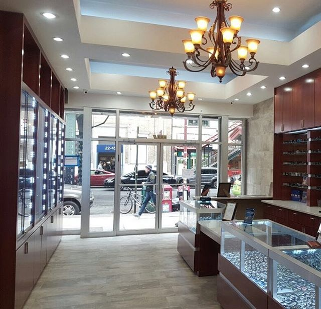 Corona Vision Astoria @coronavision Visit our store walk in are welcome!! ☀️👀👁👓 #eyecare #astoria #nyc #opticalstore #coronavision #queens #nyc #optometrist