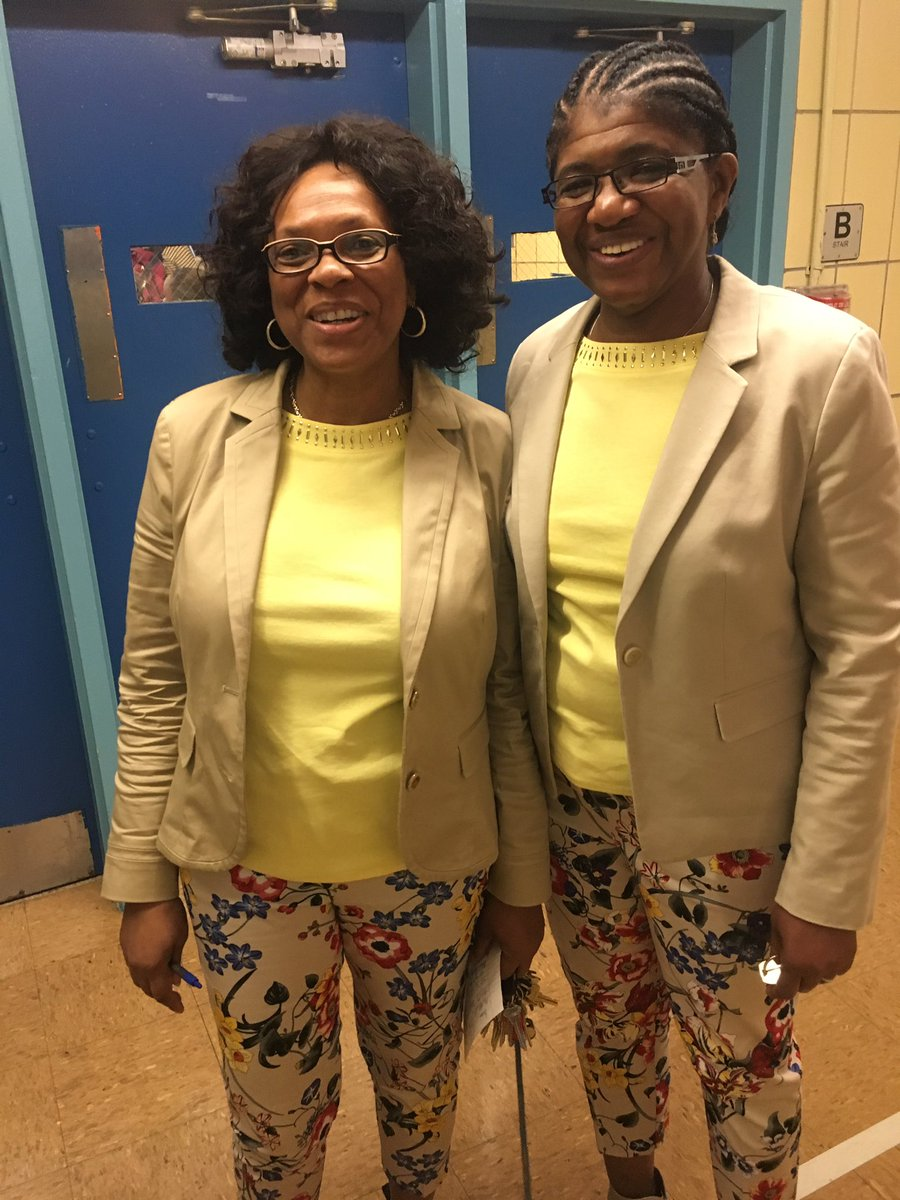 TWIN DAY PRINCIPALS.jpg