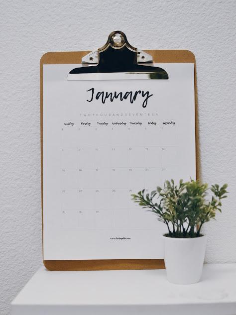 DIY 2017 Clipboard Calendar