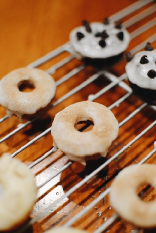 Cinnamon sugar spice cake baked donuts