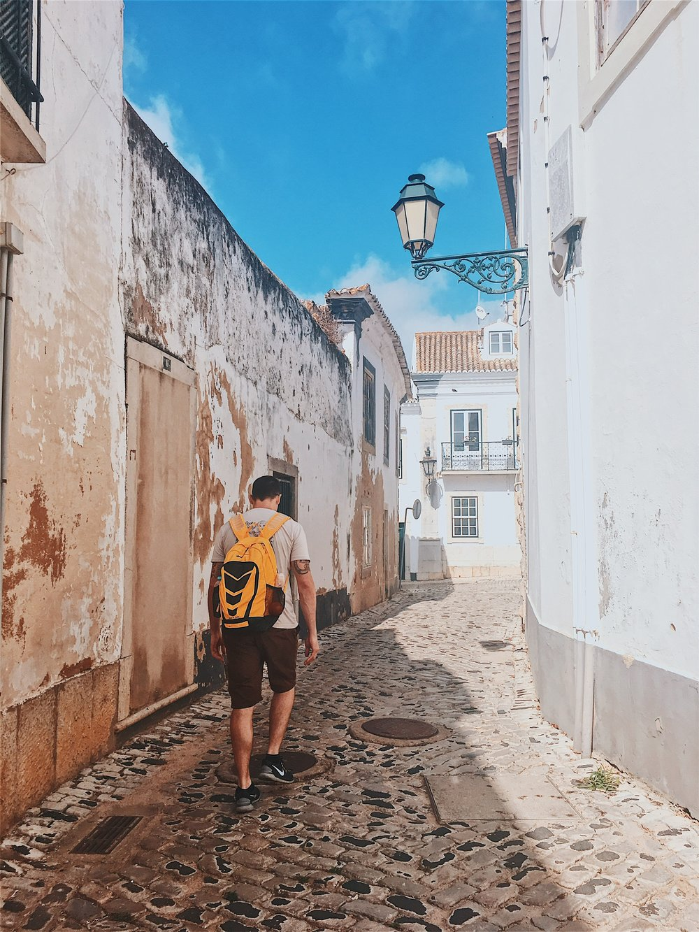 Wandering the streets of Faro