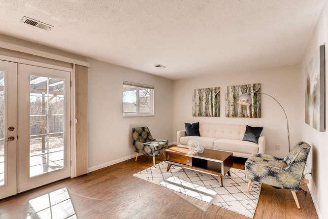 1160 Somerset St Lafayette CO-small-015-12-Family Room-666x444-72dpi.jpg