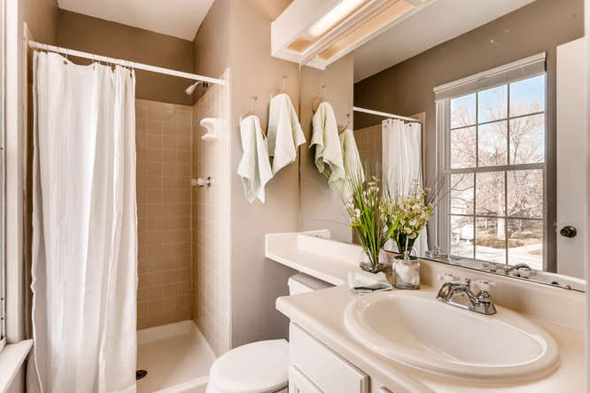 1160 Somerset St Lafayette CO-small-021-18-2nd Floor Master Bathroom-666x444-72dpi.jpg
