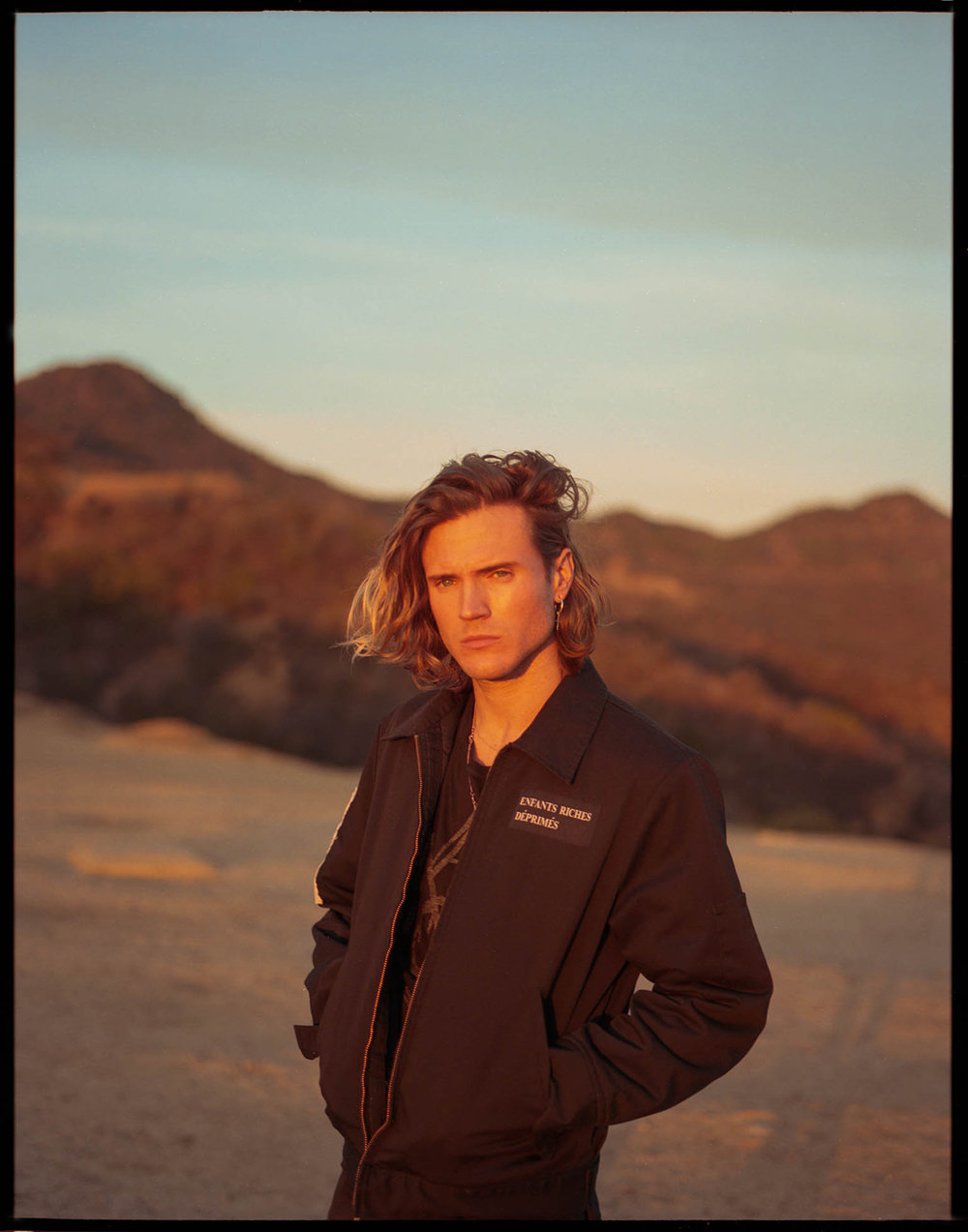 Dougie Poynter, Damaged Magazine