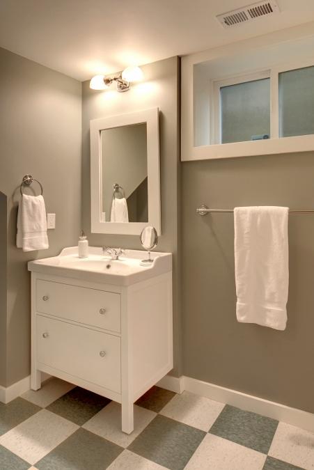 seattle-remodel-capitol-hill-basement-bath (451x675).jpg