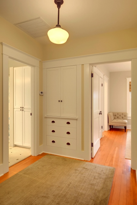 seattle-remodel-capitol-hill-upstairs-built-ins (451x675).jpg