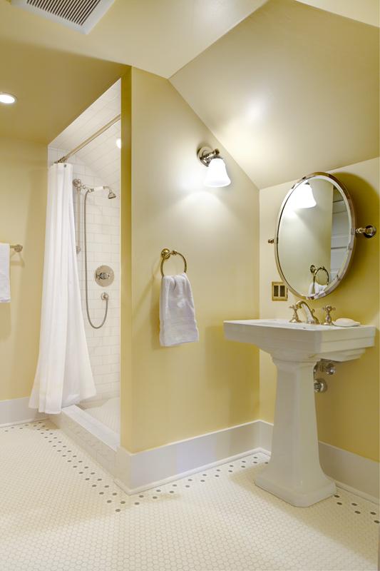 seattle-remodel-queen-anne-attic-bathroom2-LR.jpg