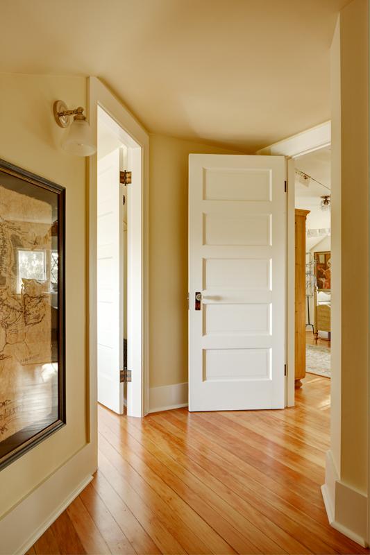 seattle-remodel-queen-anne-attic-hall-LR.jpg