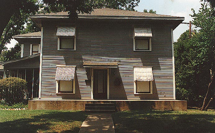 Trull House before the reconstruction of the missing two story porch.