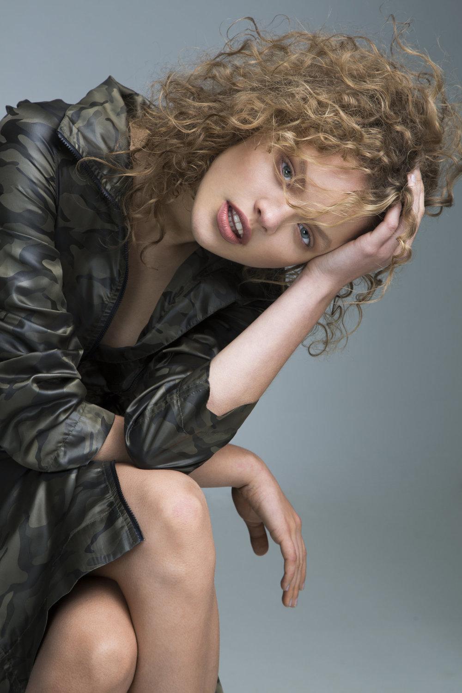 Nina | IMG Models