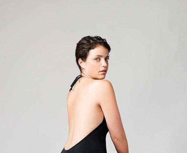 Le modèle une-pièce Sasha // Disponible dès maintenant ✂️ #onepieceswimsuit #madeinmontreal #lowback #swimsuit #sandeswimwear #design