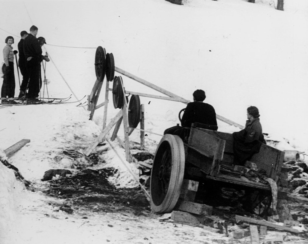 0179  Rope Tow at Gilbert's Hill c.1934.jpg