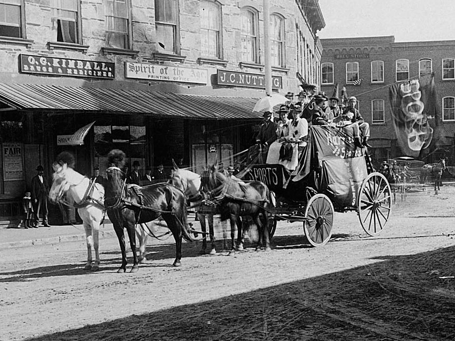 Photo of the    Spirit of the Age   . Elm Street. c. 1900.