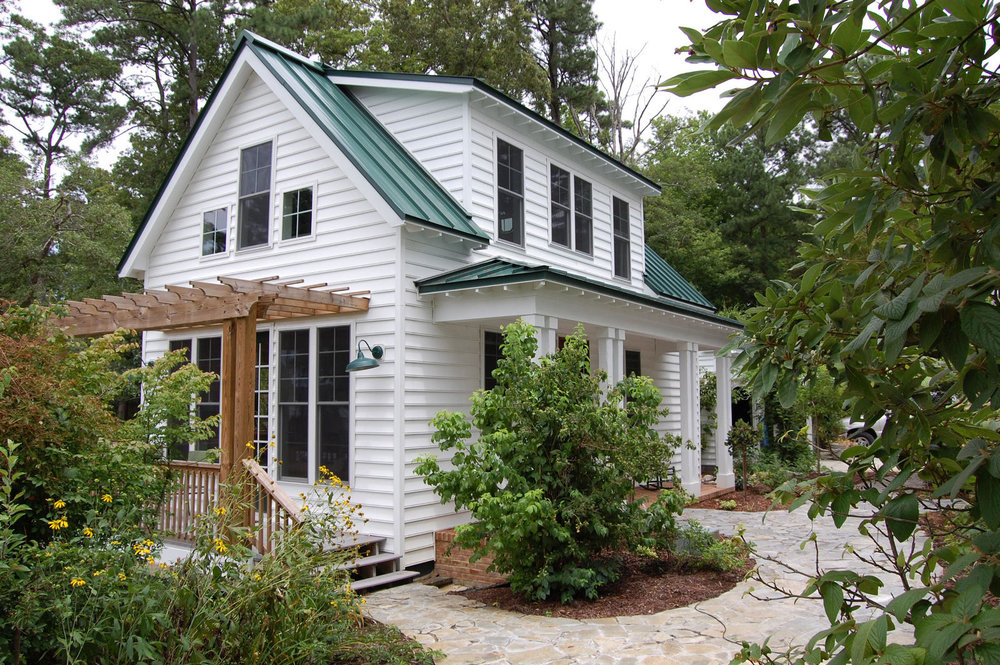 A 3-bedroom Katrina Cottage, image courtesy of smallhousebliss.com