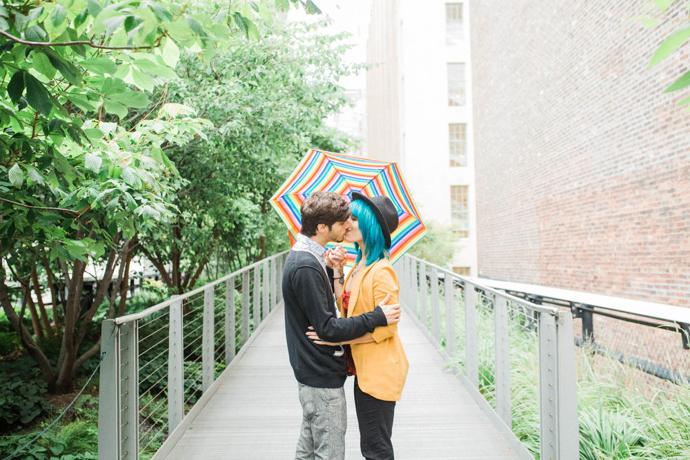 rainy-day-high-line-engagement-9.jpg