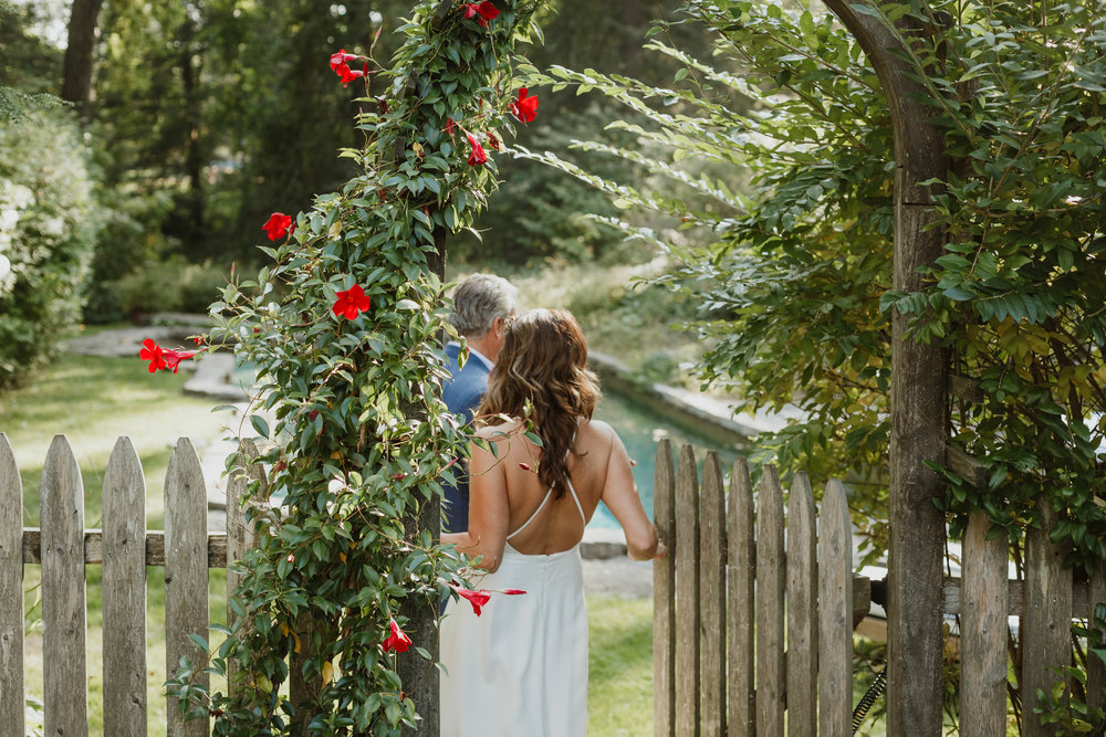 fairfield-county-connecticut-backyard-wedding-photographer--38.jpg