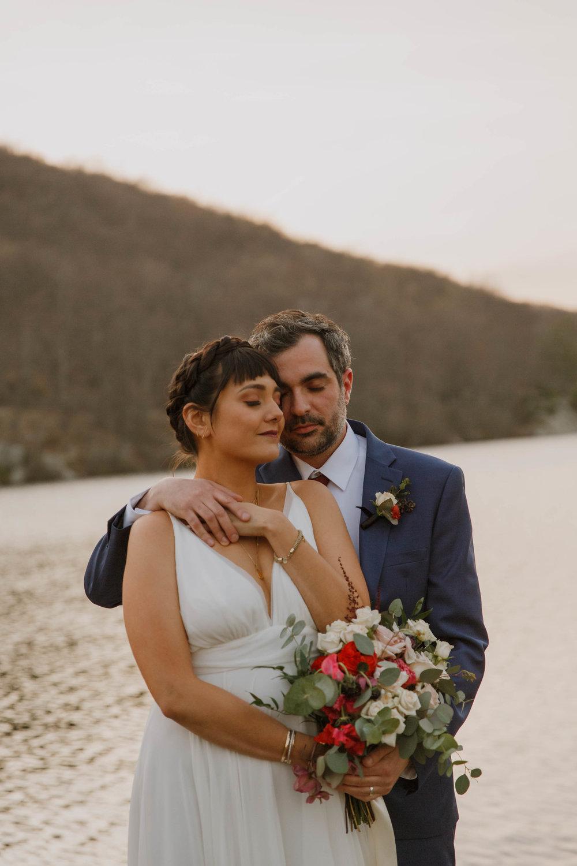 bear-mountain-inn-rustic-wedding-photographer-53.jpg
