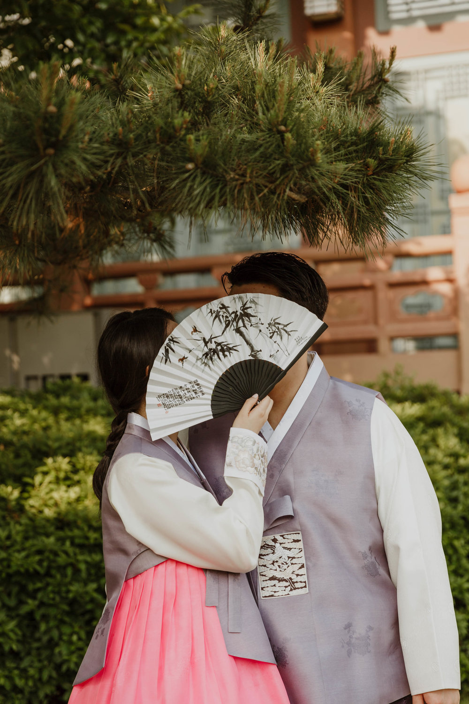 Modern Seoul Korea Engagement photographer