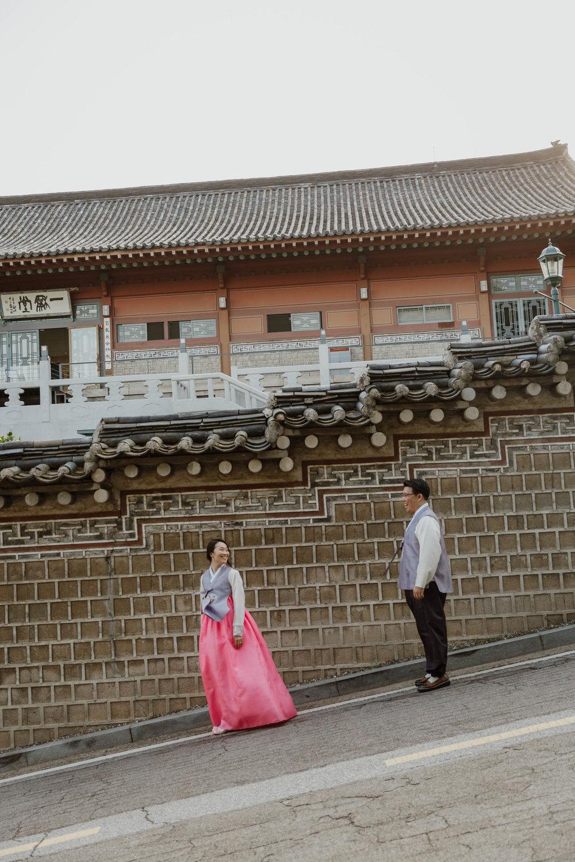 modern-seoul-korea-engagement-38.jpg