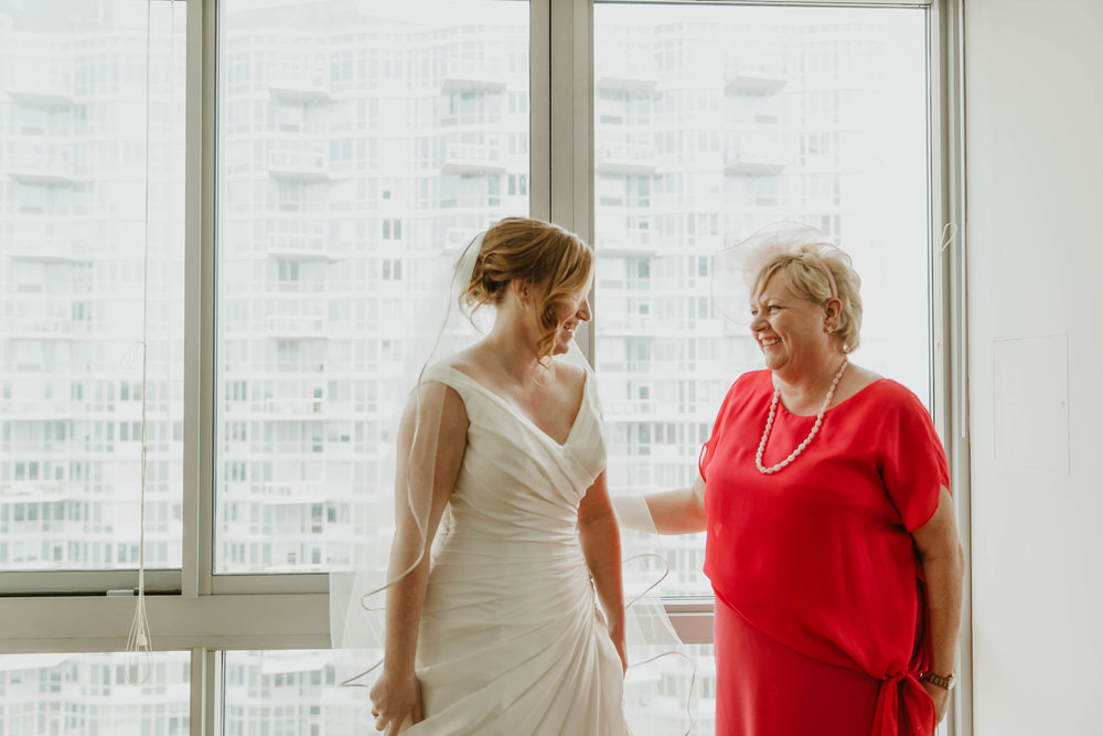 W Loft Brooklyn Modern Wedding Photographer