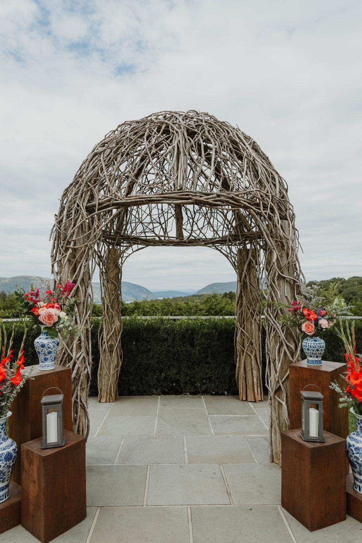 the-garrison-ny-modern-wedding-photographer-23.jpg
