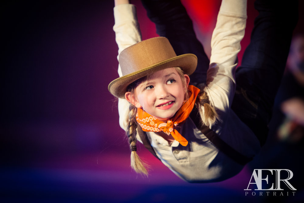 Louisville Performing Arts Photography - Turners Circus - AER Portrait 21
