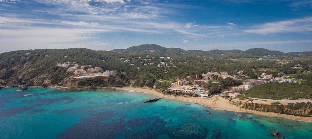 YogaFit_Ibiza_Resort-1_2048x2048.jpg